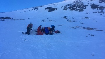 Polscy turyści spadli kilkaset metrów w Wysokich Tatrach. Pomogli im słowaccy ratownicy