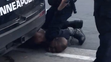 Policjant oskarżony o śmierć George'a Floyda wyszedł na wolność
