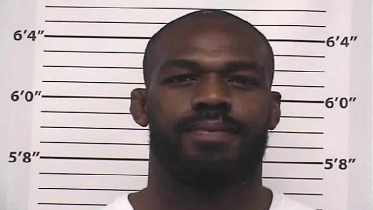 Jones ponownie aresztowany! Kolejne kłopoty z prawem gwiazdy UFC