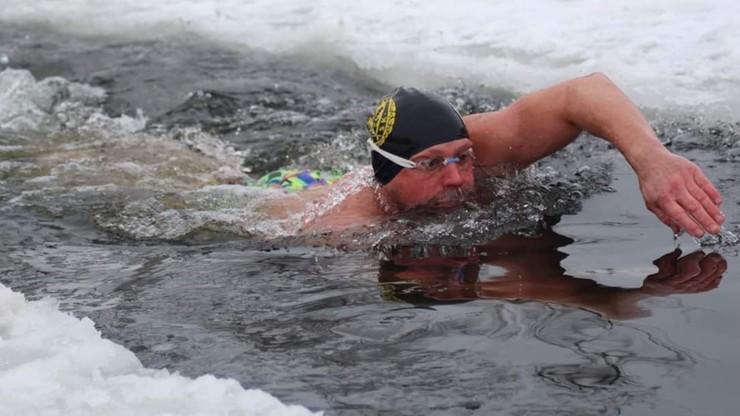 Mistrz świata w zimowym pływaniu podejmuje kolejne wyzwanie