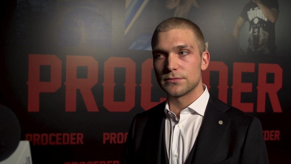 """Piotr Witkowski, odtwórca roli Tomasza Chady w filmie """"Proceder"""""""